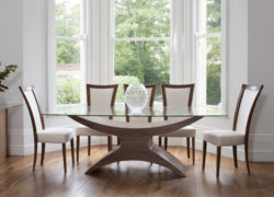 Atlas_dining_table_embrace_dining_chairs_02_tom_schneider_curved_furniture