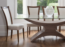 Embrace_dining_chairs_02_tom_schneider_curved_furniture