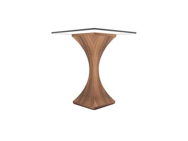 Estelle_Lamp_table_02_tom_schneider