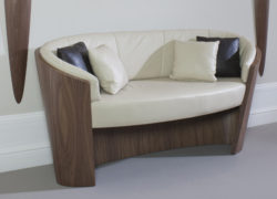 Pebble_curved_design_tom_schneider_furniture
