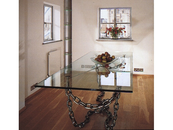 chain dining table