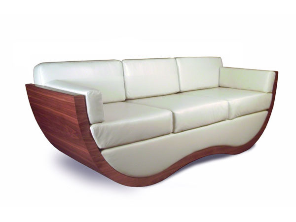 Verve_sofa_walnut_leather_curved_design_tom_schneider_furniture_angle